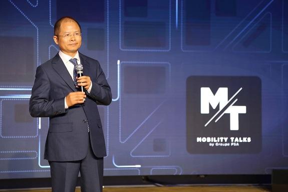 사진자료_에릭 쉬 화웨이 순환 CEO가 PSA그룹 주관 '모빌리티 설명회'에서 연설하고 있다.jpg